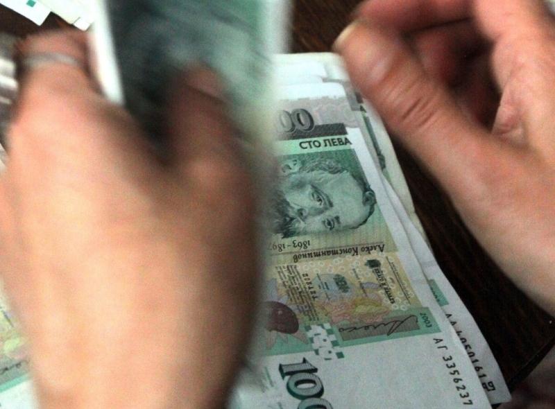 Некоректни шефове от Врачанско са изплатили на работниците си забавени
