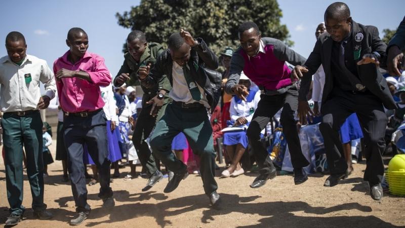 Властите в Зимбабве обявиха нов официален почивен ден, в който