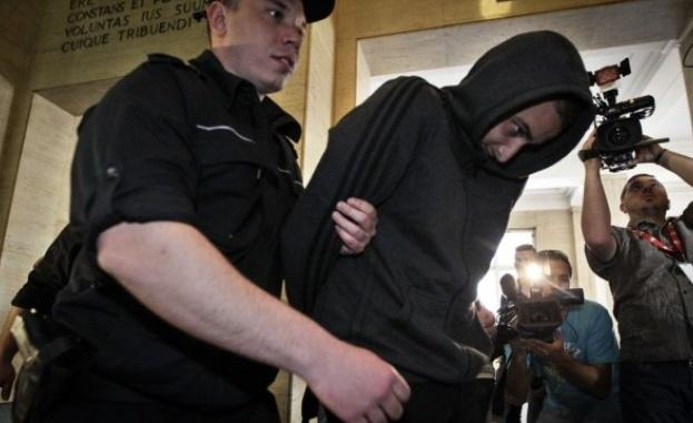 25-годишният Йордан Исаев, задържан за бомбичката, която рани тежко полицайка
