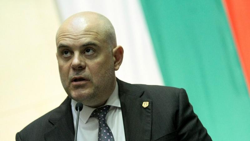 Прокурорската колегия на Висшия съдебен съвет (ВСС) допусна Иван Гешев