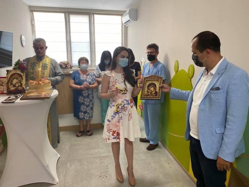 """С грижа за най-малките! Отвори врати първият във Враца медицински център по детски болести """"СилвиМед"""" /снимки/"""
