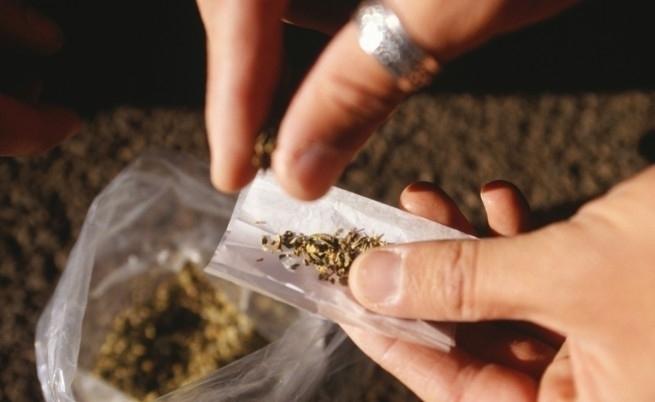 """Полицията е открила """"чай"""" за пушене в апартамента на врачанин,"""