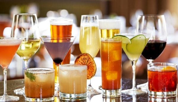 Хората, които не пият алкохол, умират по-рано от онези, които