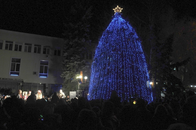 Община Монтана е готова с празничната си програма за Коледните