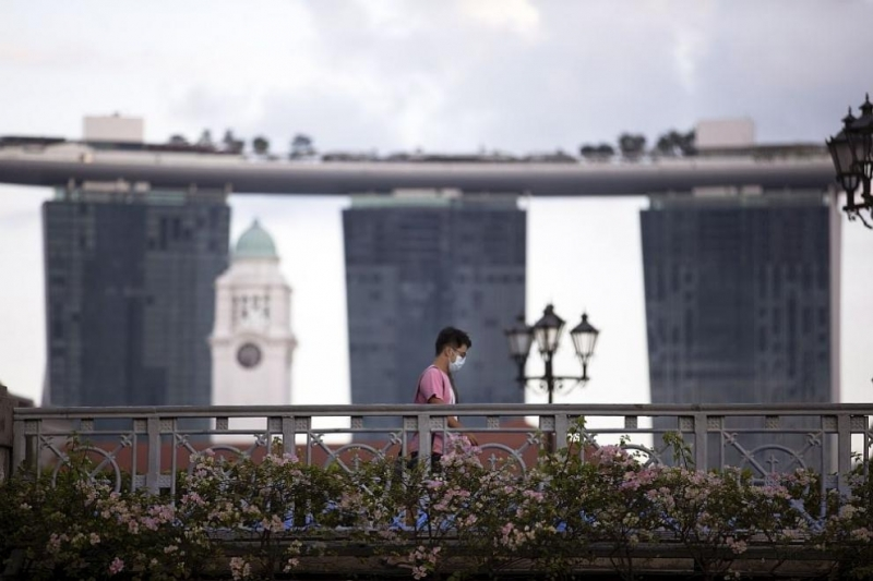 Правителството на Сингапур ще плати 1600 сингапурски долара(1100 щатски долара)на