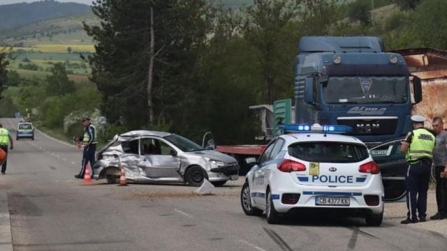 Жена шофьор пострада на пътя край Благоевград, съобщи bTV. Тя