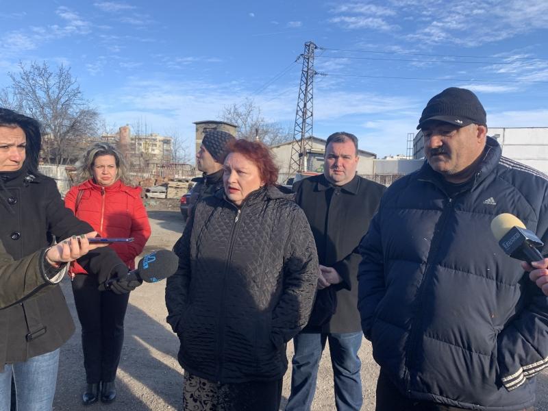 Областният управител Малина Николова и експерти от междуведомствена комисия продължават
