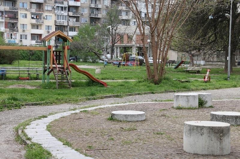 Община Видин с призив към гражданите да почистват междублоковите пространства