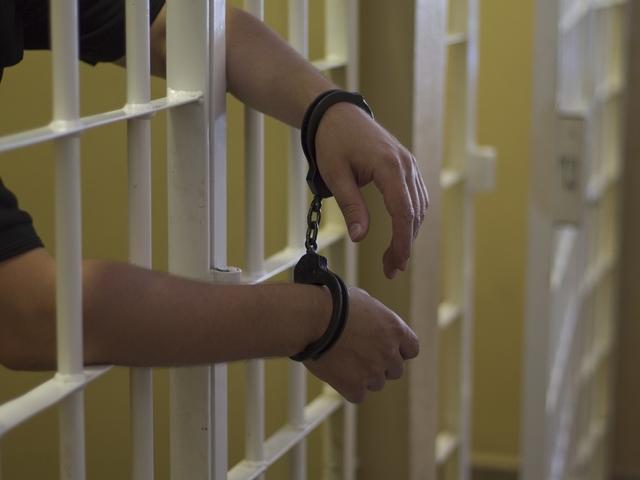 Пандизчия, току що излязъл от затвора, набързо сътвори нова поразия