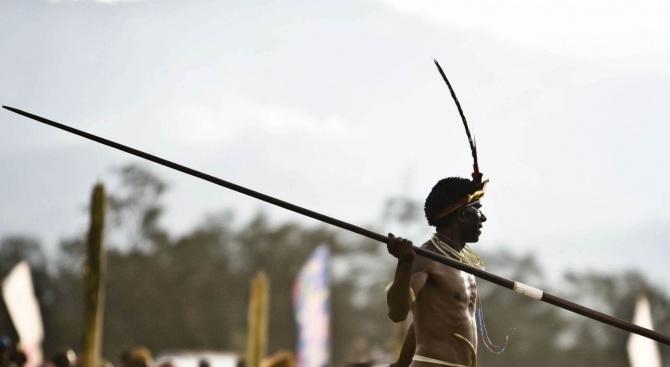 Американец бе убит с копия от членове на племето сентилел,