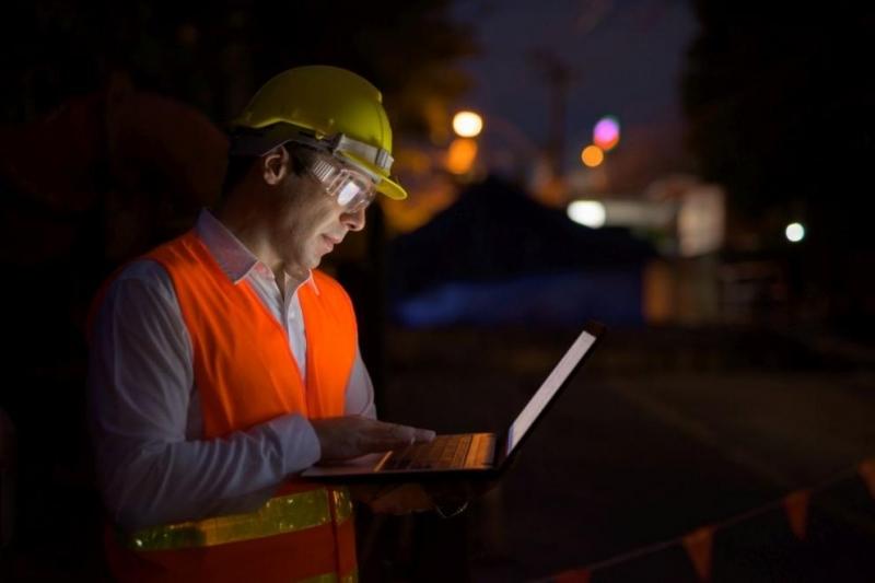 Часовата ставка за нощния труд да стане 0.5 процента от