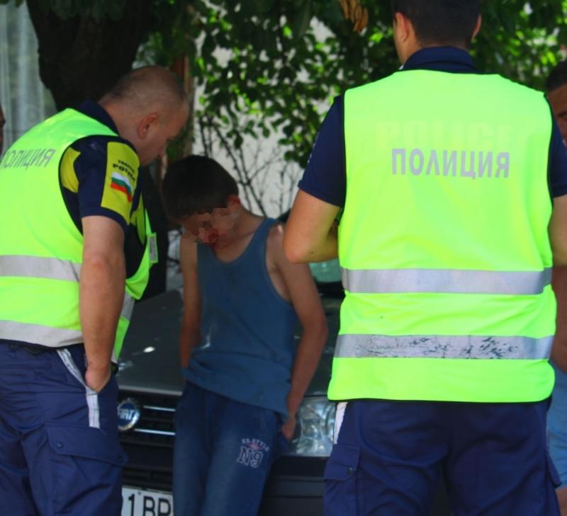 Полицията в заловила непълнолетен бракониер на дърва във Врачанско, съобщиха