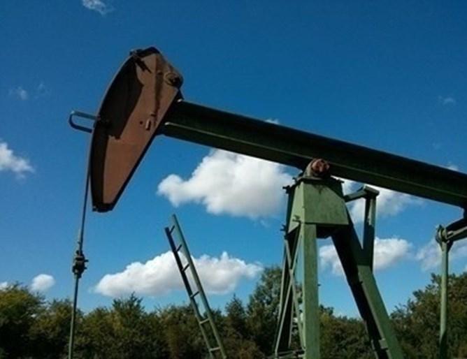Ръст бележи цената на петрола. Инвеститорите очакват най-големите световни производители