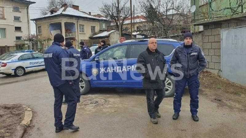 МВР с извънредно изявление за тежката ситуация в Мездра