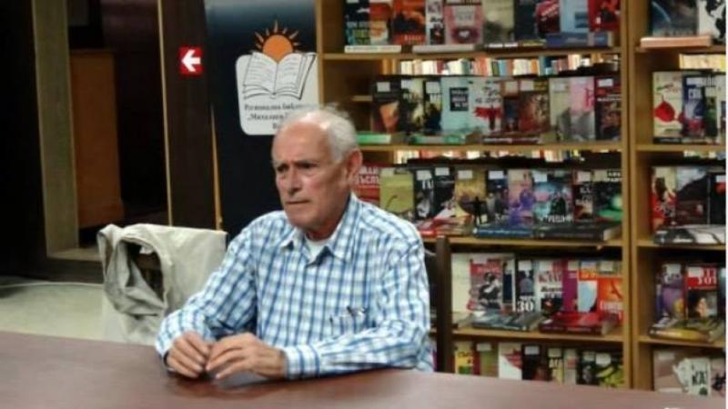 След дълга борба с онкологично заболяване днес почина Дени Каменов