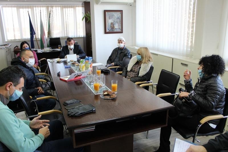 Общинският щаб за борба с коронавируса в Бяла Слатина взе