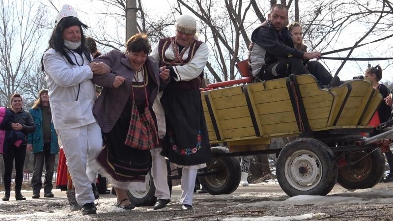 Една традиция намира нов живот в мездренското село Царевец. Всяка