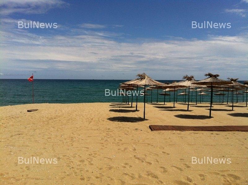Няма кой да стопанисва 54 плажа на Южното черноморие