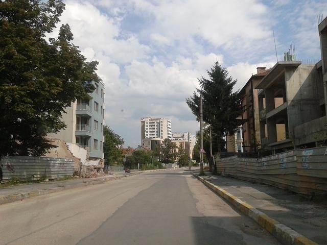 Снимка: Строителни дейности затварят временно възлов булевард във Враца