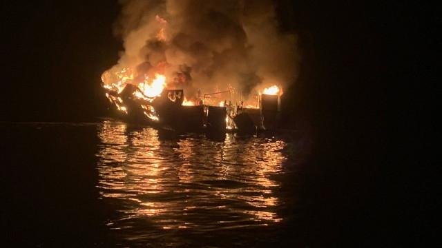 Откриха последната 34-та жертва на пожара, изпепелил яхта край Калифорния