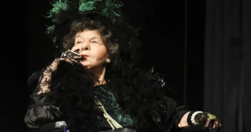 Голямата актриса Стоянка Мутафова е била преместена вчера вечерта във