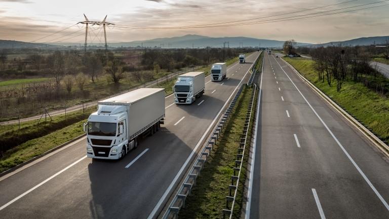 Тол таксите за масовия тежкотоварен трафик – с тегло между