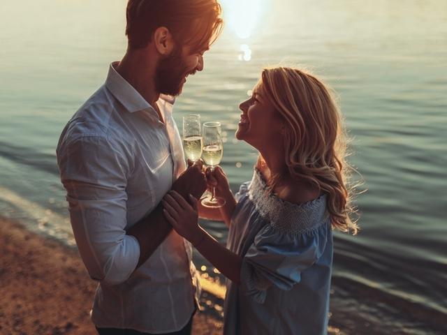 Истина е, че с времето любовната връзка губи своя пламък