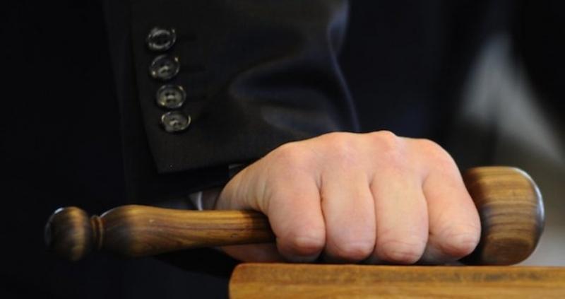 Мъж, опитал да убие бившия на дъщеря си, получи условна присъда