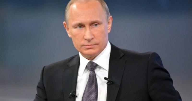 Руският президент Владимир Путин подписа пакета от закони, които налагат