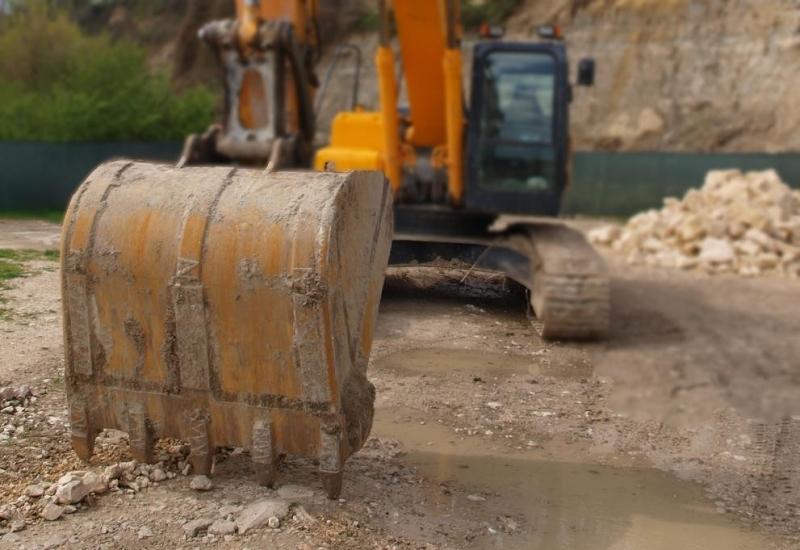 Фирма ще търси подземни богатства край Лом
