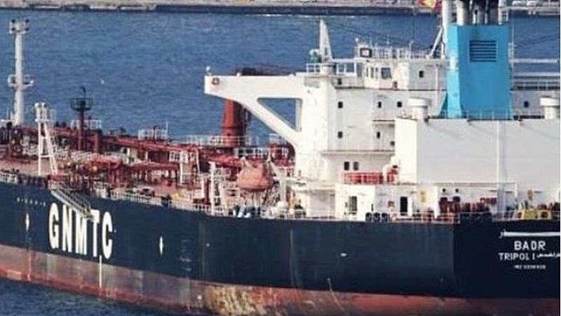 Съдия изпълнителят, продал либийския танкер, напуснал България на 20 декември