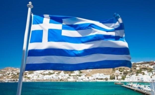 Гръцкото правителство реши да изгони двама руски дипломати и забрани
