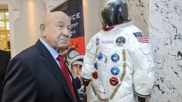 Почина Алексей Леонов - първият човек, излязъл в открития космос