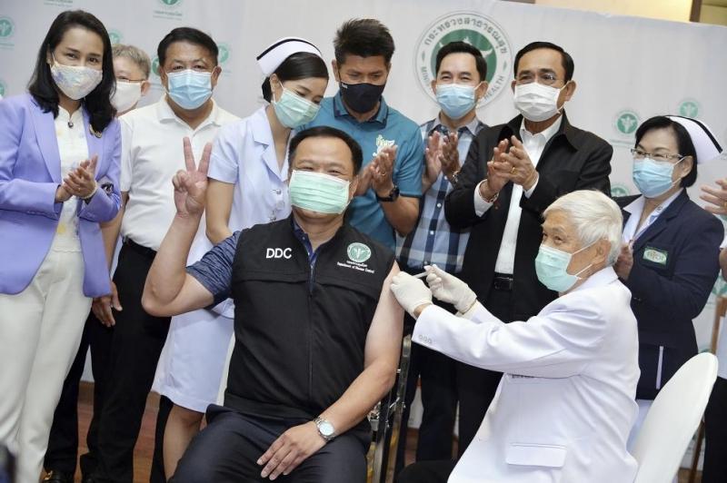 Тайланд стартира днес своята кампания за ваксинация срещу COVID-19.Първите дози