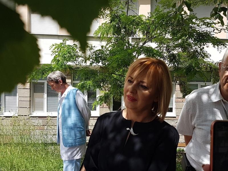 Днес омбудсманът Мая Манолова посети за пети път врачанската болница
