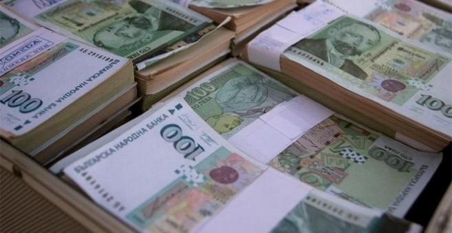 Полицията е разкрила две телефонни измами в Козлодуй, при които