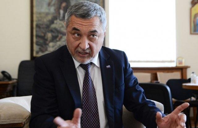 """Валери Симеонов: ДПС сънува """"мокри сънища"""", коалицията няма да се разпадне!"""