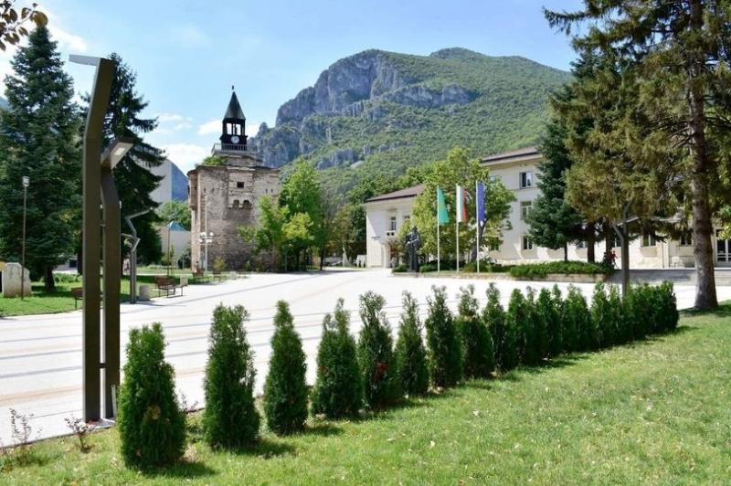 От Инспектората във Враца са съставили 11 акта на представители