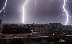 През нощта в Южна България валежите бяха интензивни, придружени с