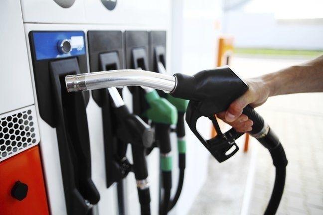 Снимка: Наложиха 10 бона глоба на бензиностанция заради кофти дизел