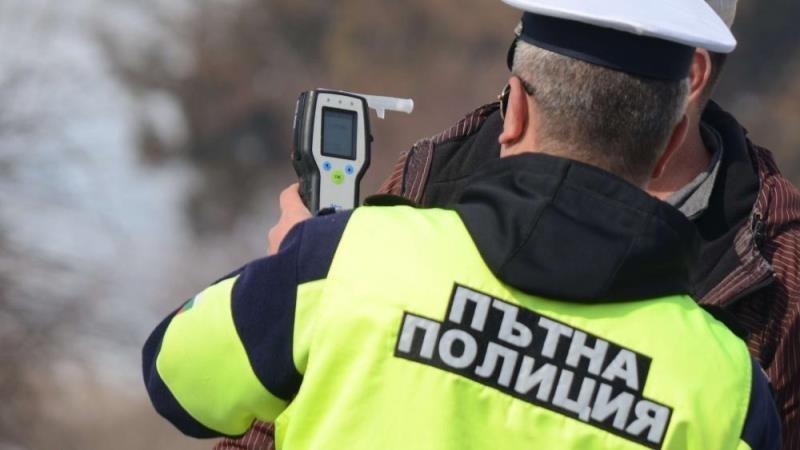Полицейски служители задържаха за 24 часа шофьори, карали след употреба