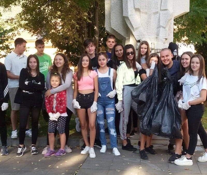 """В най-мащабната доброволческа инициатива у нас """"Да изчистим България заедно"""""""