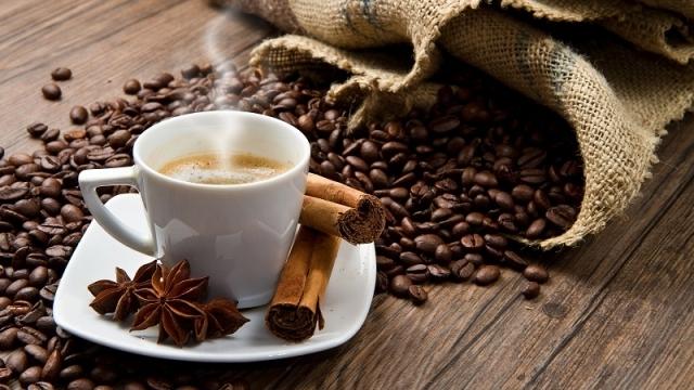 Вижте как влияе сутрешното кафе на тялото ви