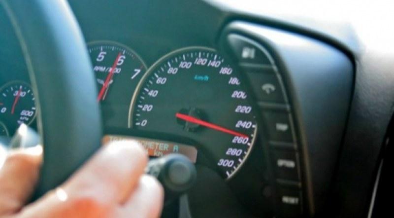 Снимка: Глобиха трима шофьори за превишена скорост при спецоперация в Берковица