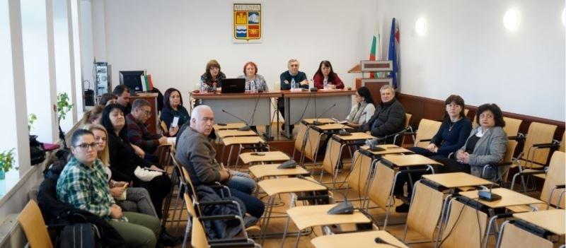 6 паралелки в VIII клас в Мездра и 2 в