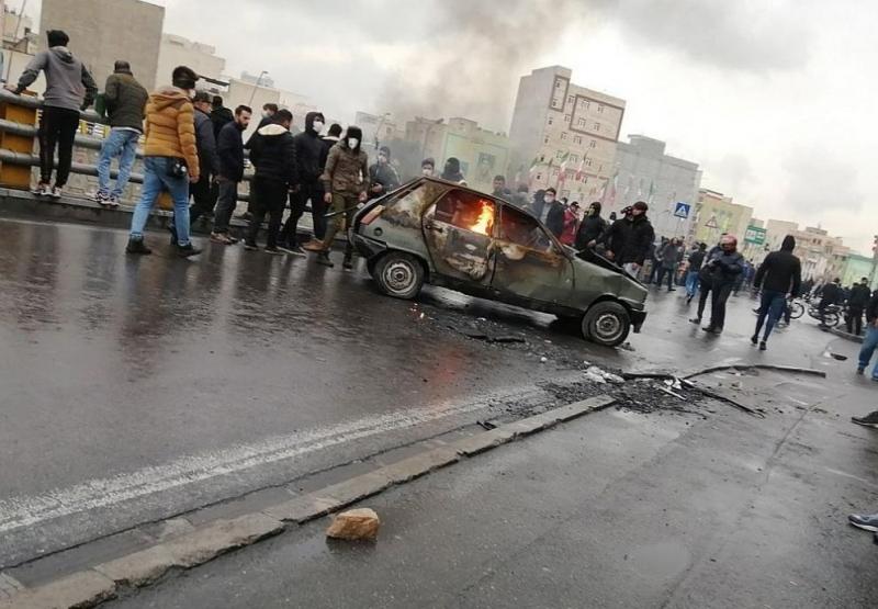 Полицията за борба с безредиците и силите за сигурност влязоха