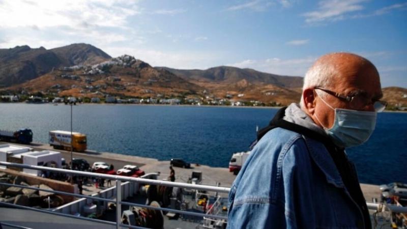 Гърция въведе днес допълнителни ограничителни мерки, включително полицейски час, във