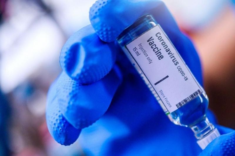 Ваксина срещу новия коронавирус може да бъде одобрена най-рано през
