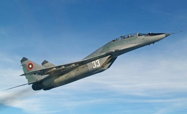 Снимка: Индия ще купи от Русия изтребители МиГ-29