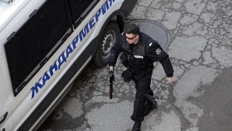 Шофьор на ТИР е задържан в районното управление на МВР